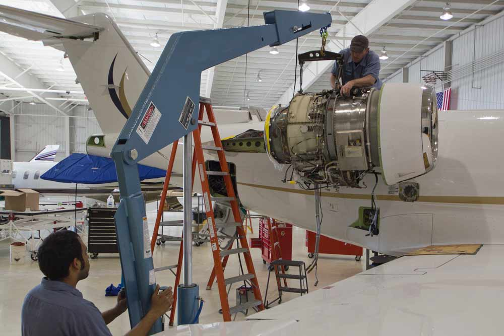 Learjet 45 Engine Replacement TFE731